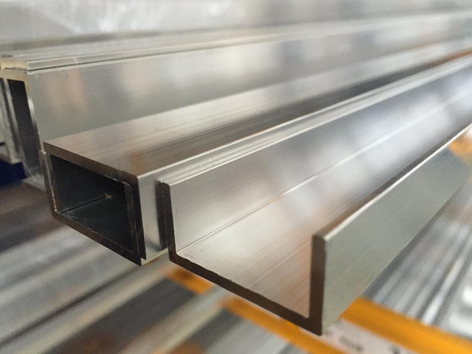 Alu U-Profil Pulverbeschichtet 2 Meter lang inkl. Verbinder