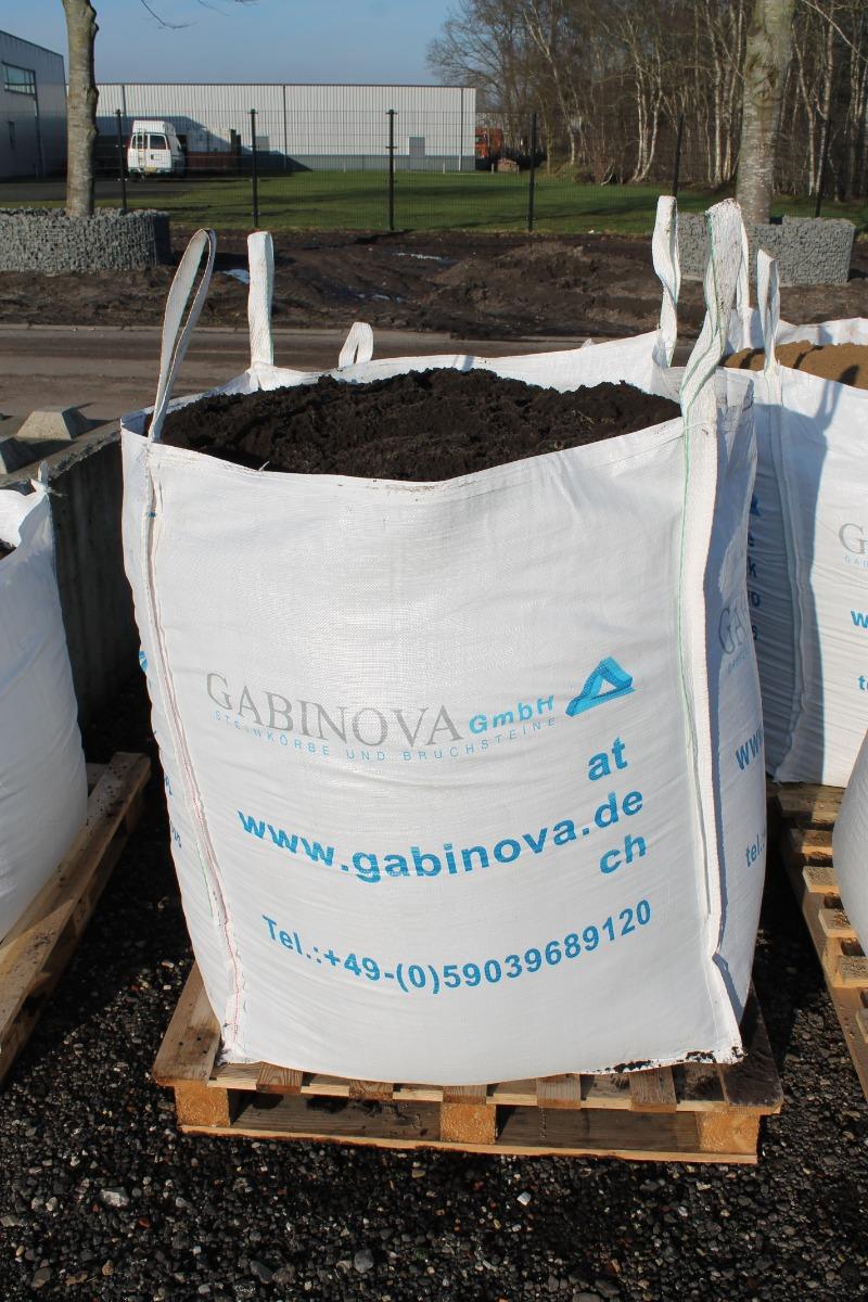 Humus / Mutterboden in Big Bag
